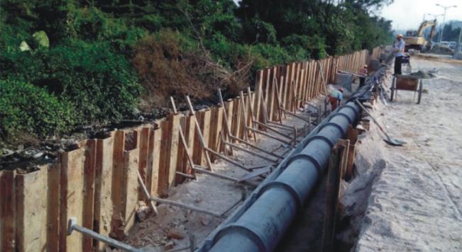 钢板桩应用于广州花都道路官网扩建工程