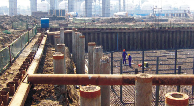 钢板桩应用于天津辽渤石化工程