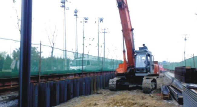 钢板桩应用于北京东坝中路管线工程
